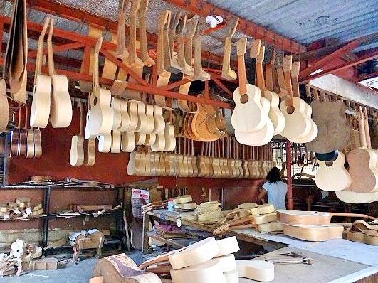 ギター工場