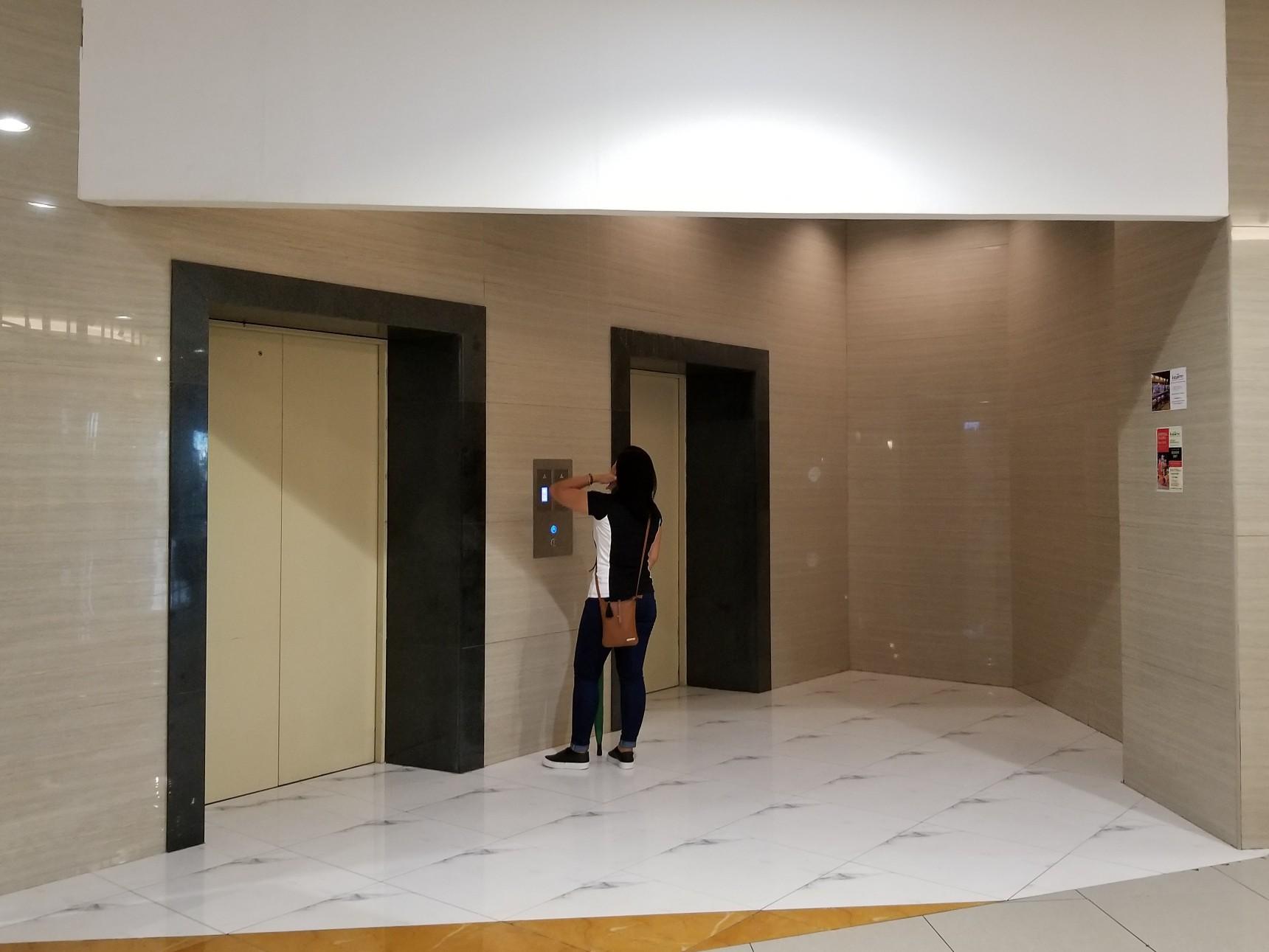 Jmall  エレベーター